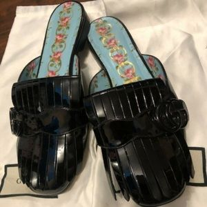 Loafers Gucci black paten leather 36.5